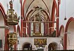 Brandenburg, Dom. Triumphkreuz, Kreuzaltar und Kanzel