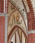 Brandenburg, St. Katharinen. Gewölbemalerei: Katharina und Amalberga (um 1425)