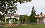 Schloss Branitz, Hofseite mit Pergolenhof