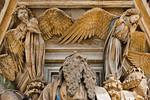 Dijon, Kartause. Mosesbrunnen: Moseskopf und zwei Engel