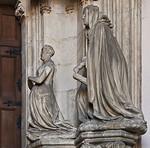 Dijon, Kartause. Sluter-Portal: Herzogin Marguerite v. Flandern und Katharina