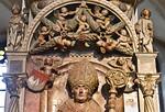 Würzburg. Dom: Grab Lorenz von Bibra, Detail (gest. 1519, Tilman Riemenschneider und Werkstatt)