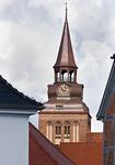 Güstrow. Spitze der Marktkirche von Schlossbrücke