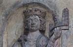 Goslar. Domvorhalle, Relieffigur eines Kaisers mit Modell