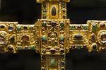 Hezilokreuz, Detail (vor 1079, Aufsatzkästchen der Vierung 14.Jh.) [Dommuseum Hildesheim]