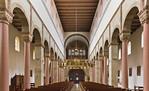 Hildesheim. St.Godehard, Längsschiff nach Westen (mit Heziloleuchter aus Dom)