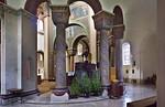 Hildesheim. St.Godehard, Blick aus Chorumgang in Chor