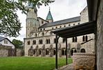 Gernrode, St. Cyriakus von Südosten aus dem Stiftshof