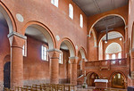 Jerichow, Stiftskirche: Blick durch Kirchenschiff von Südwest nach Nordost