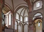 Magdeburg, Liebfrauenkirche. Seitenblick in südl. Querhaus und Chor