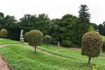 Burgscheidungen, Blick vom Schloss in Terassengarten