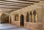 Kloster Schulpforta, Kreuzgang. Ostflügel mit Wand des Kapitelsaals