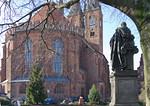 Stendal, Marienkirche von Osten, Winckelmanndenkmal