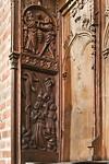 Stendal, Jacobikirche, Chorgestühl Nord: Eherne Schlange, Josua und Kaleb (1430)