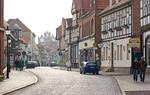 Tangermünde, Blick durch Lange Straße Richtung Altes Rathaus