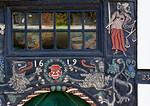 Tangermünde, Haus Kirchstraße 23 (1618), Detail der Tür mit Justitia