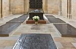 Meißen, Dom. Fürstenkapelle: Grabplatten und Bronzetumba Friedrich des Streitbaren