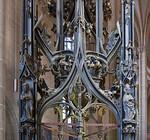 Erfurt, Severikirche, Taufbecken und Taufgehäuse (Hans Pfau?, 1467)