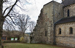 Thalbürgel, ehem. Klosterkirche: Blick auf Reste des Nordturms von Nordosten