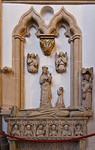 Paderborn, Dom, Hasenkamp, Wandsarkophag des Bischofs Rotho (1450) und Levit von der Hl.-Grab-Nische