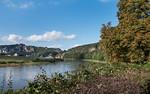 Elbufer mit Blick auf Rathen und Bastei (Sächsische Schweiz)