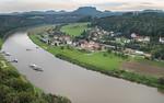 Rathen: Blick von der Bastei Richtung Osten über Oberrathen auf Lilienstein (Sächsische Schweiz)